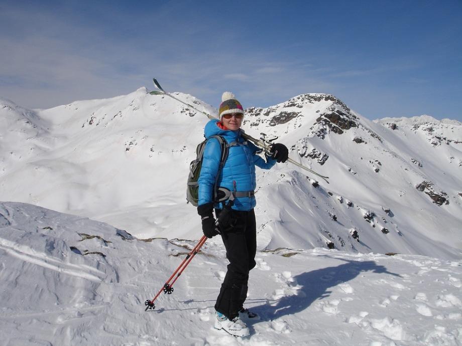 skier-274391_960_720